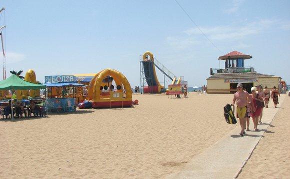 инфраструктура; пляж